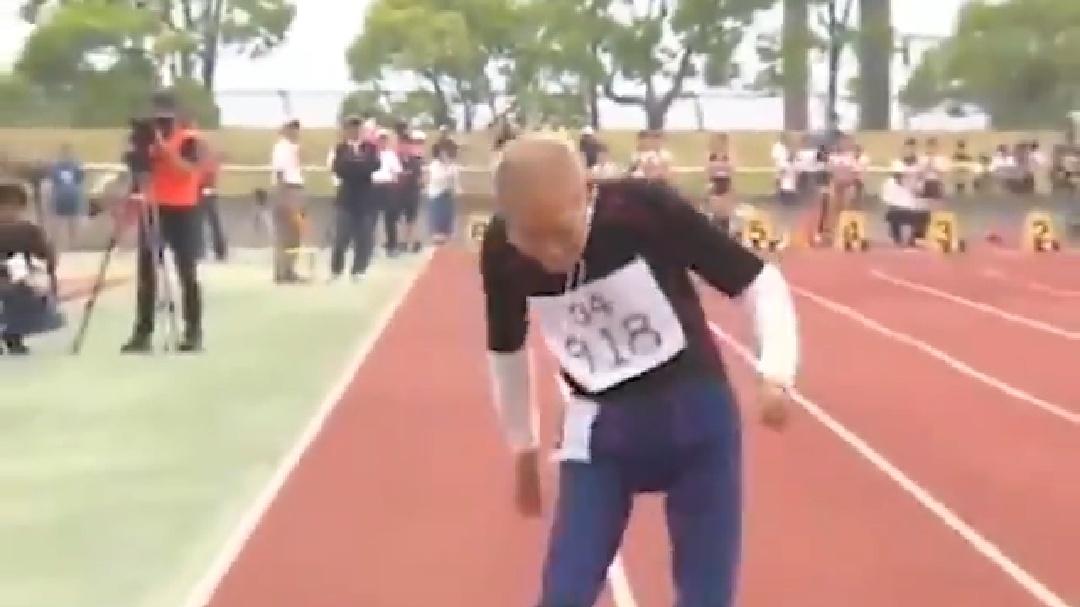 102歳のおじいちゃんが驚異の走りを見せる動画が話題に